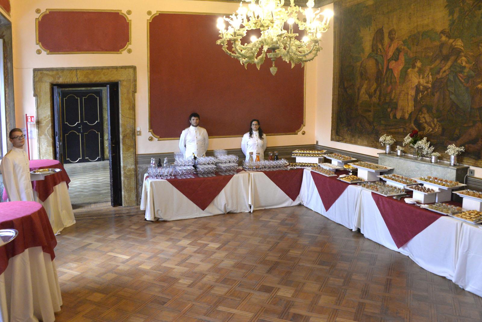 Buffet Around You Banqueting